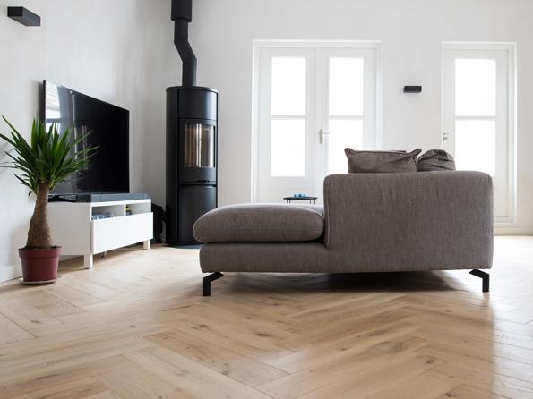 Oak New Cotton Mill 15x150x750mm herringbone mat lacquer Real Interieur